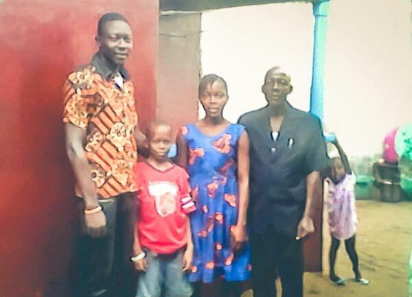 Leelaman D. Y. Zawolo and children
